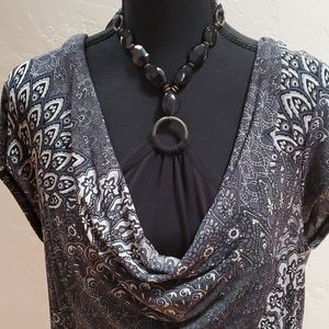 Xl blouse with eye catching details